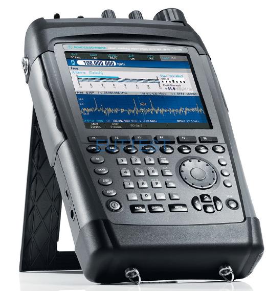 R&S PR100 便携式现场无线电监控接收器